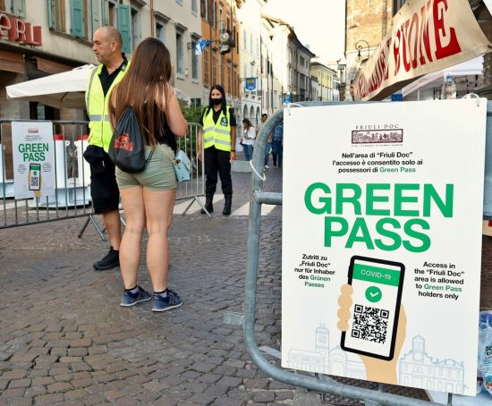 Italy workers with no covid Green Pass face suspension without pay
