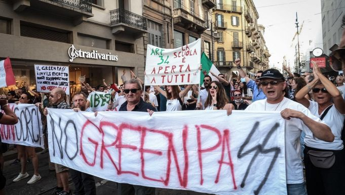 Italy steps up security in train stations for No Green Pass protests