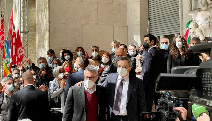 Italy PM visits Rome trade union base stormed in Green Pass protest