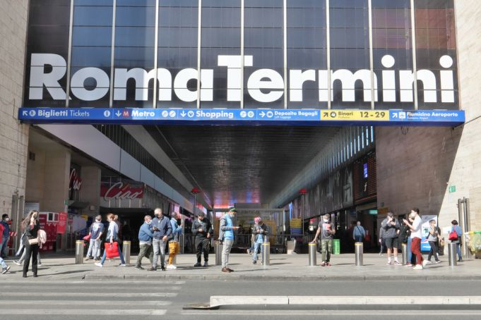 Rome faces 24-hour bus and metro strike on 11 October