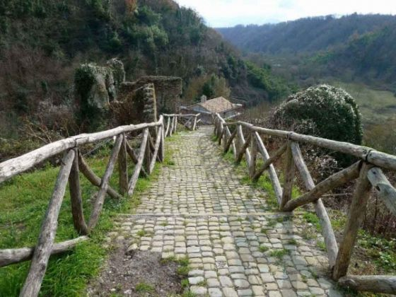 Travel. Along the Via Francigena - image 3