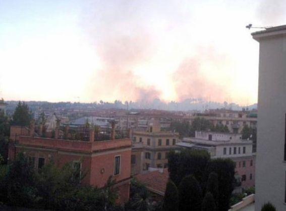 Bushfire in northern Rome - image 4