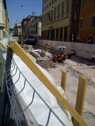 Tram 8 Piazza Venezia extension works facing history? - image 3
