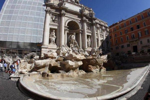 Restoring Rome's Trevi Fountain - image 4