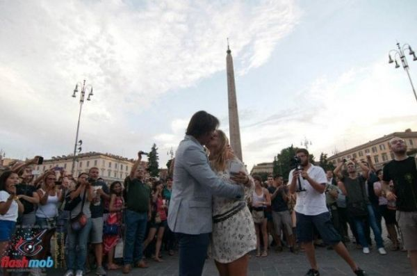 Rome's first flash mob proposal - image 4