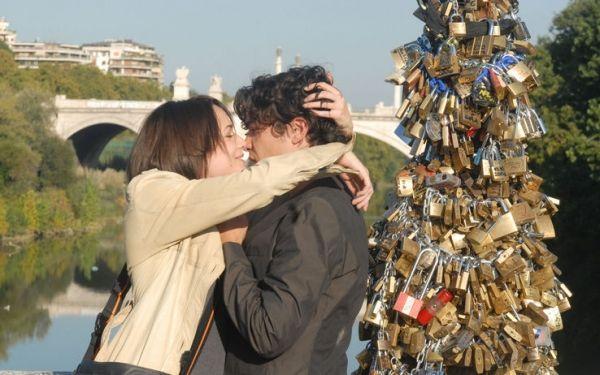 Love locks removed from Rome bridge - image 3