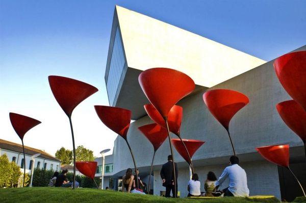 MAXXI - Museo Nazionale delle Arti del XX Secolo - image 1