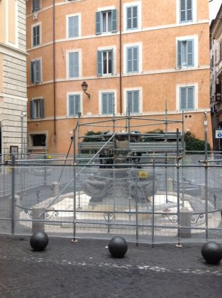 Fontana delle Tartarughe - image 3