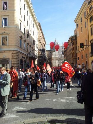 Day of strikes and protests in Rome - image 1