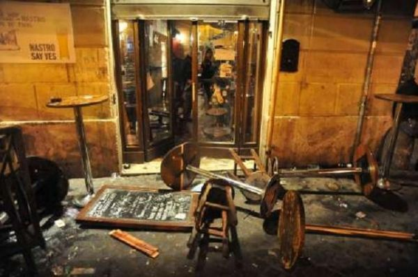 Tottenham fans attacked in Rome - image 1