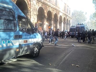 Clashes in Rome during anti-austerity protests - image 3