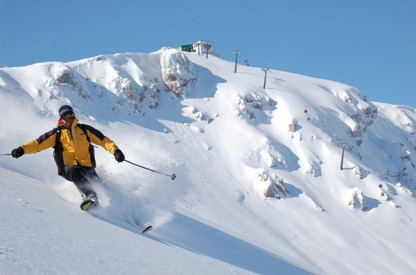 Skiing near Rome - image 4