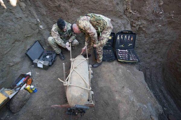 Army deactivates WWII Ciampino bomb - image 1
