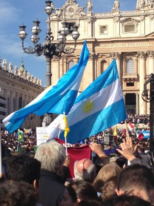 St Peter's shines for Pope Francis - image 2