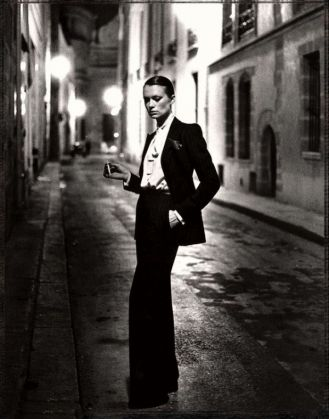Helmut Newton: White Women, Sleepless Nights, Big Nudes - image 1