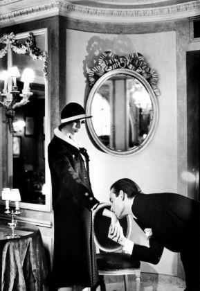 Helmut Newton: White Women, Sleepless Nights, Big Nudes - image 2