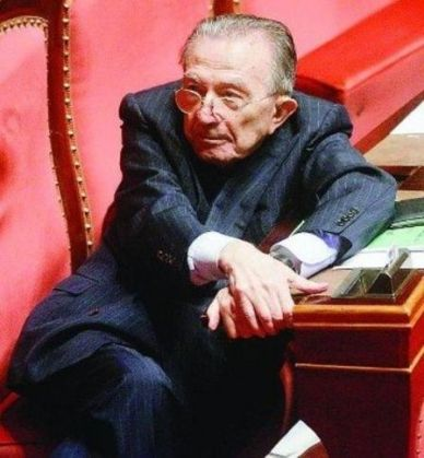 Giulio Andreotti dies in Rome, aged 94 - image 2