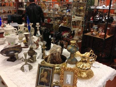 Rome's vintage markets and boutiques - image 3