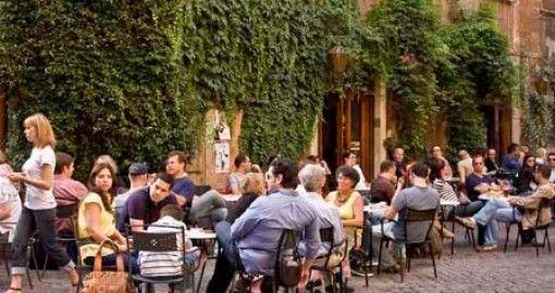 Rome's Bar della Pace faces closure - image 2