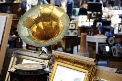Rome's vintage markets and boutiques - image 4