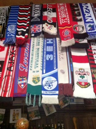 International football scarf collection in Rome - image 2