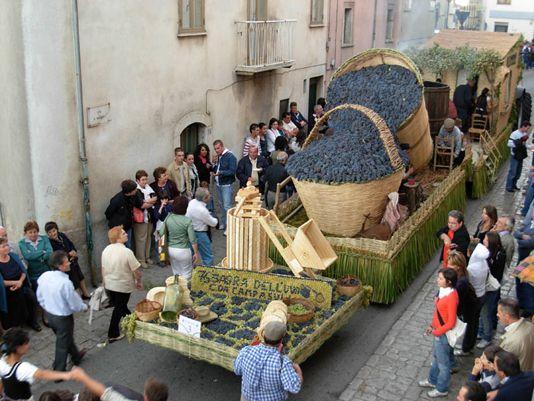 Wine festival at Marino - image 2