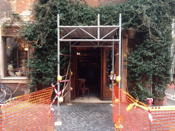 Bar della Pace cordoned off for safety - image 1