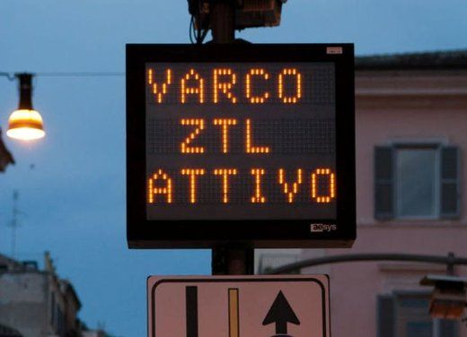 Traffic restrictions in Rome - image 2