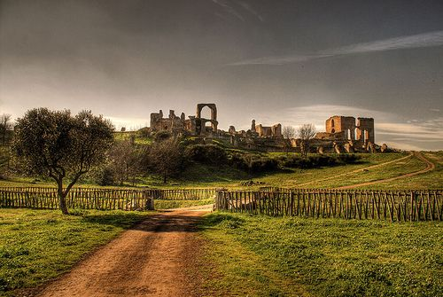 Villa dei Quintili with FiR - image 1