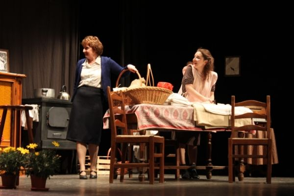 Dancing at Lughnasa - image 3