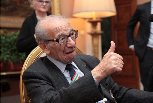 Harry Shindler receives MBE in Rome - image 4