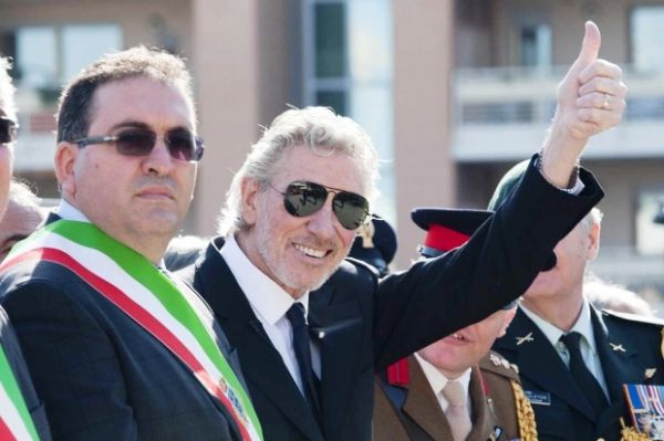 Roger Waters made honorary citizen of Anzio - image 2