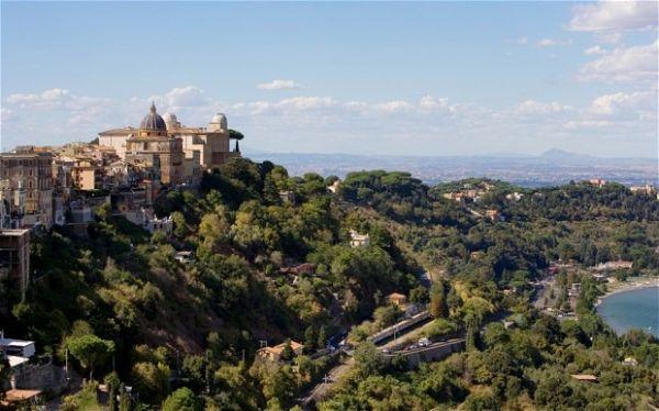 Castel Gandolfo papal gardens open to public - image 4