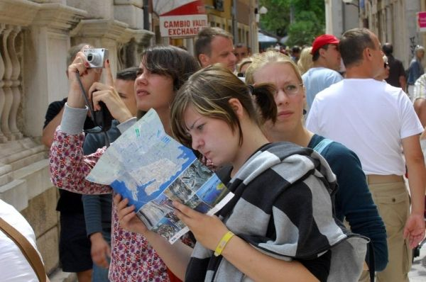 Rome tour guides deal with unusual questions - image 3