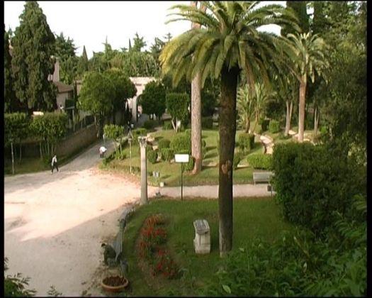 Villa Celimontana park in Rome - image 4