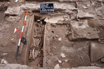 Mausoleum discovered at Rome's Ostia Antica - image 2