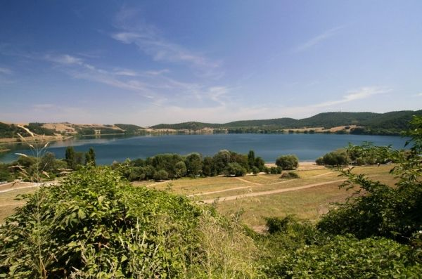 Lake Martignano - image 4