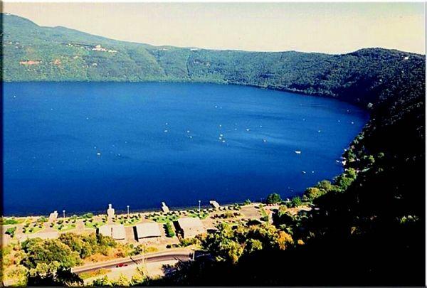 Lake Albano - image 1
