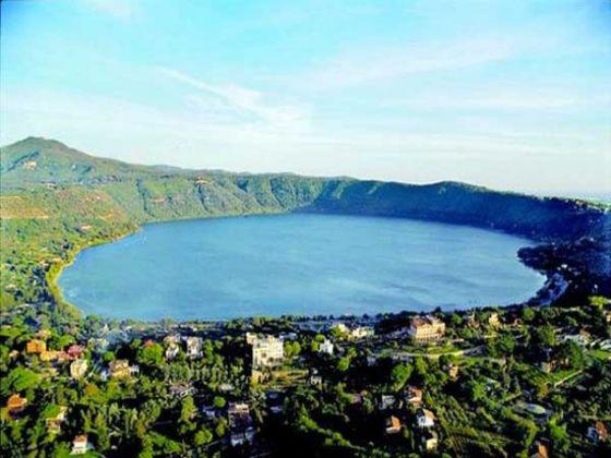 Lake Albano - image 4