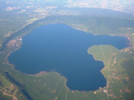 Lake Vico - image 1