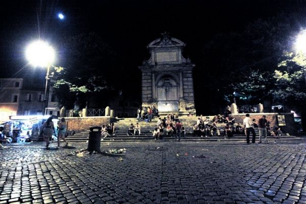 Drinking can be dangerous in Rome - image 3