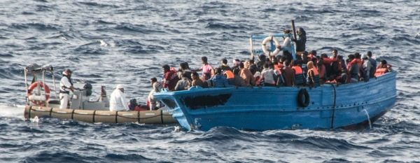 Thousands of illegal immigrants saved in Italian waters - image 3