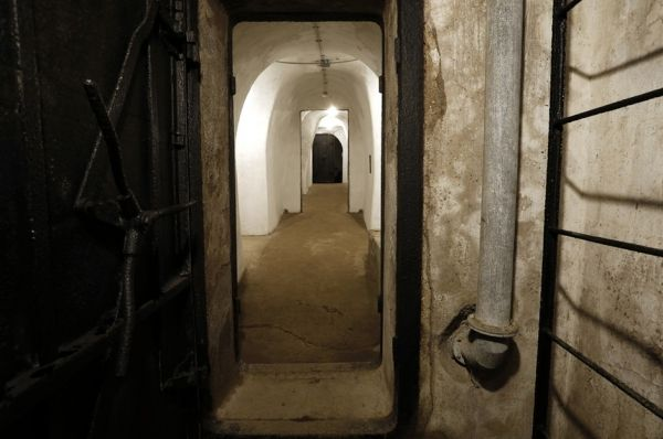 Mussolini bunker opens to visitors in Rome - image 3