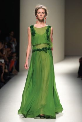 Private sale of luxury dresses in Rome - image 1