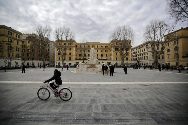 Rome's Piazza Testaccio restored - image 2