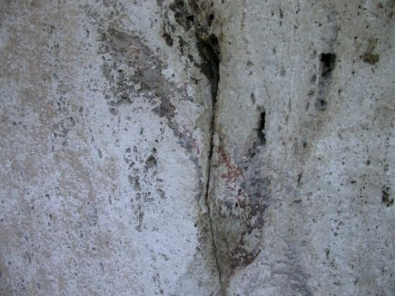 Ancient red numbers discovered on Colosseum - image 1
