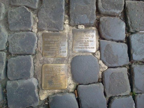 The stumbling stones of Jewish memorials - image 2
