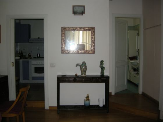 Cozy and bright appartment in Testaccio - image 2