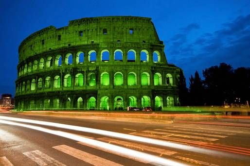 Rome's Colosseum goes green for St Patrick's Day - image 1