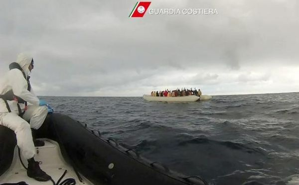 Italy rescues more than 2,000 migrants - image 3
